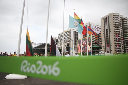 Izada de bandera de Guatemala en Rio