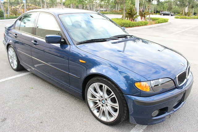 2004 bmw 330i zhp sedan mystic blue black slicktop 6 speed 57k miles. Black Bedroom Furniture Sets. Home Design Ideas