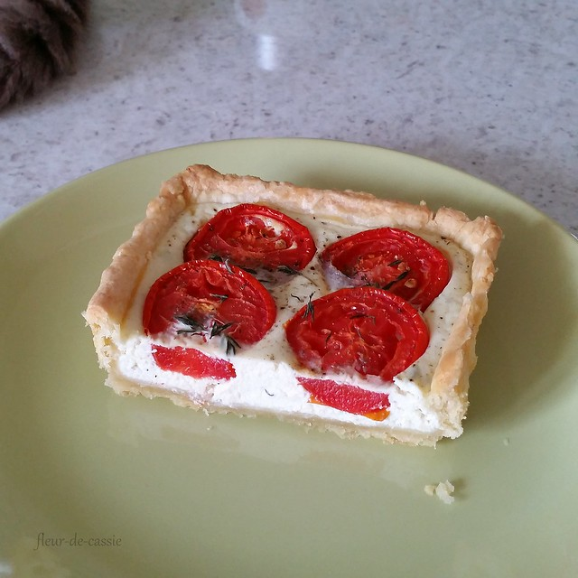 тарт с рикоттой и помидорами 3