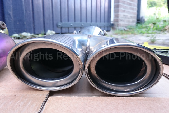 Exhaust tip front view