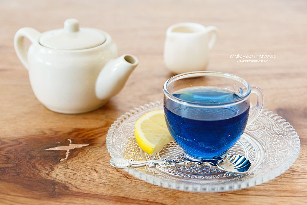 Terracotta Cafe butterfly pea tea