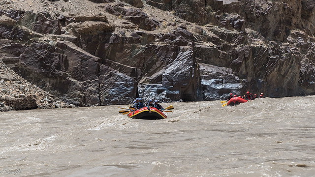 Rafting on the Zanskar