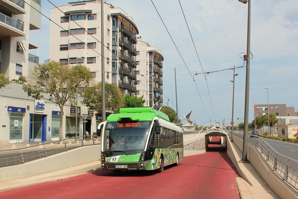Solaris Trollino 12 MetroStyle - TUCs - n°12 - 0318 JHG