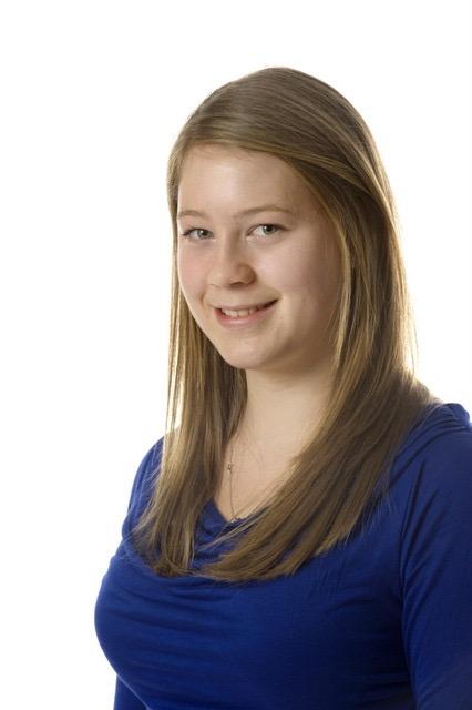 Lily Caunt headshot