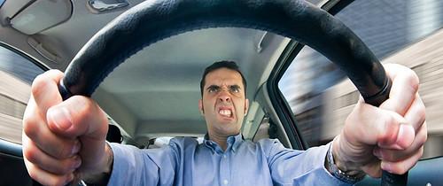 Як отримати посвідчення водія: «Якщо з медоглядом будуть проблеми, за 300 гривень хлопці усе зроблять»
