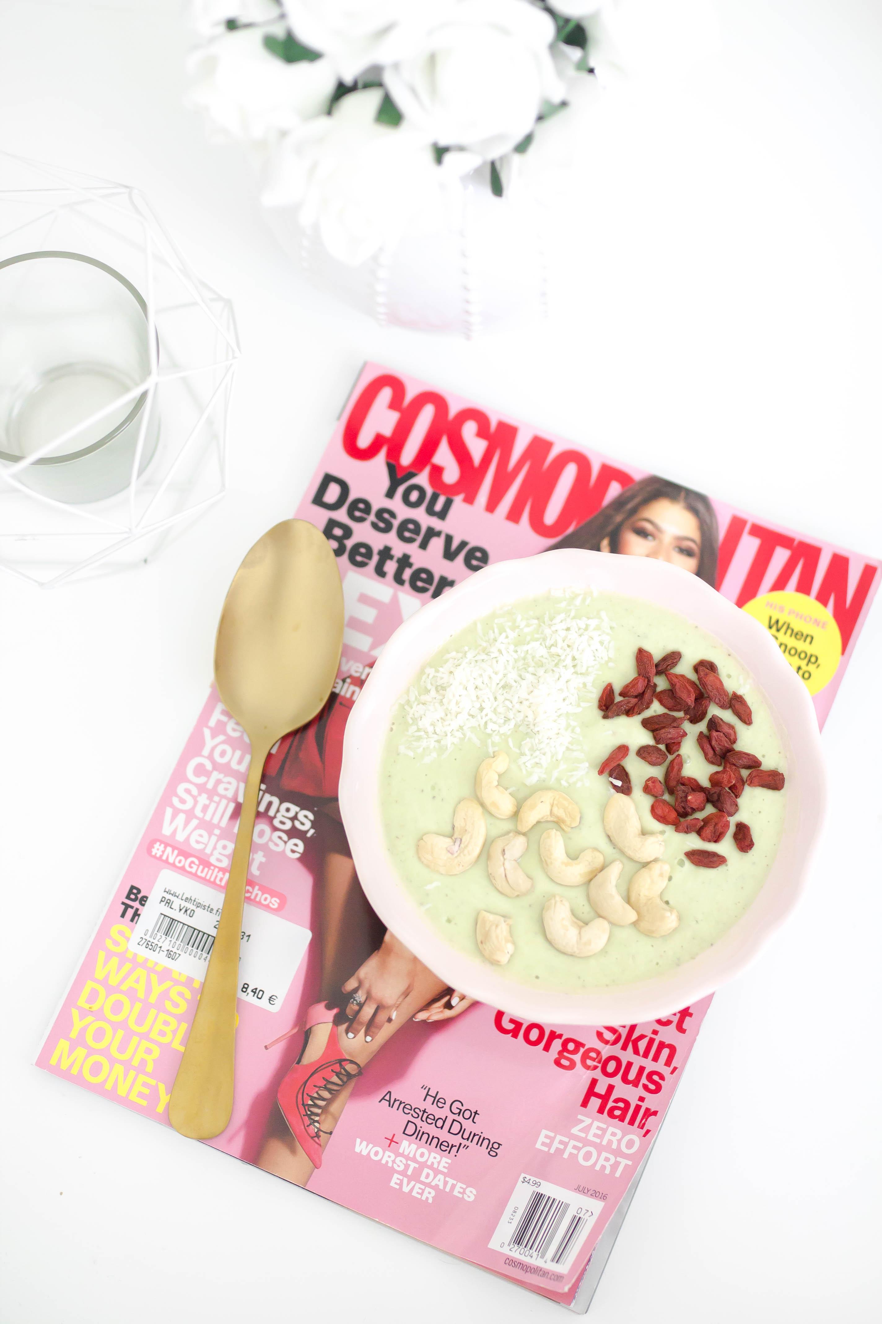 avokado smoothie bowl