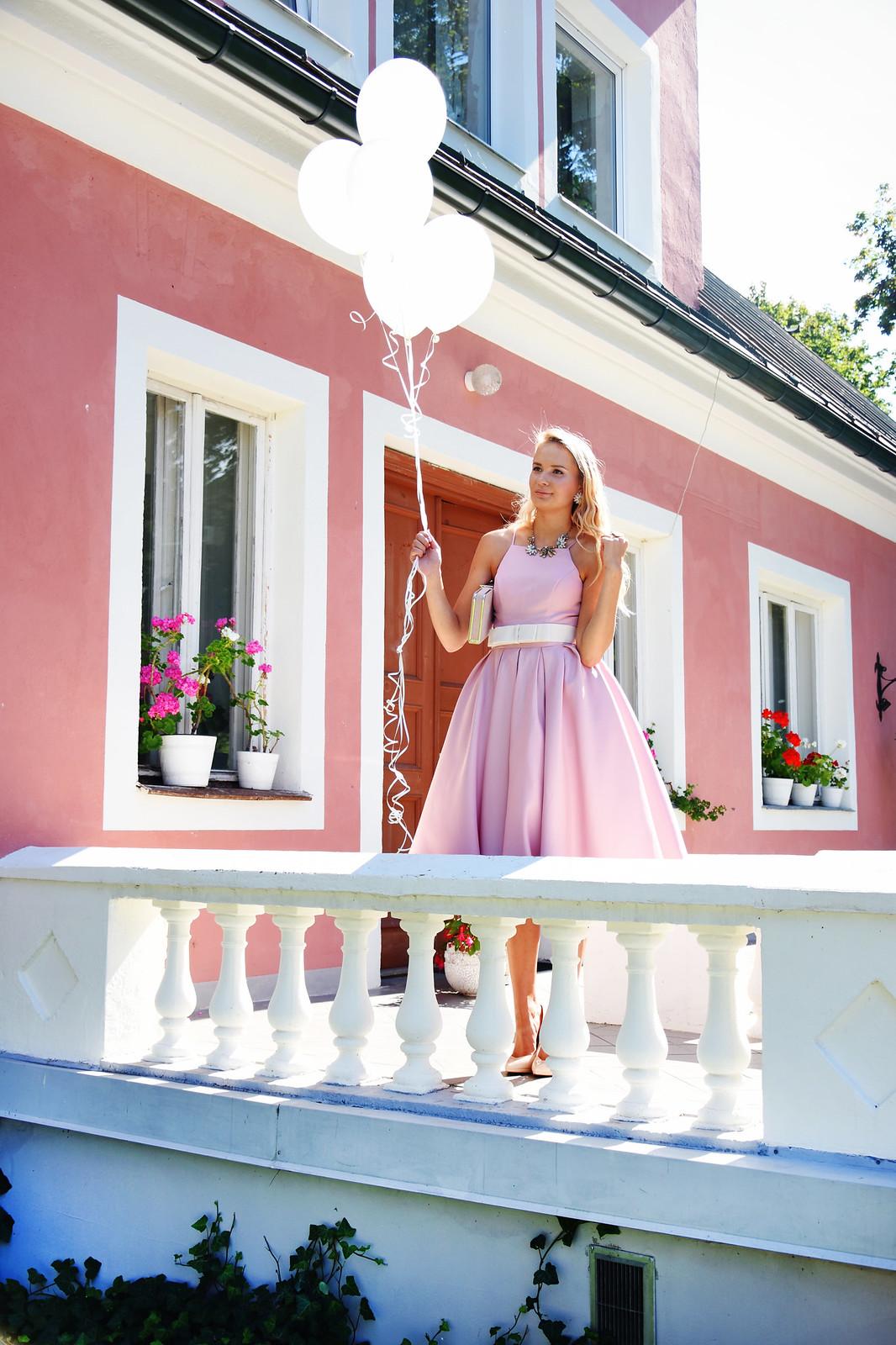 Fancy dress photo shoot
