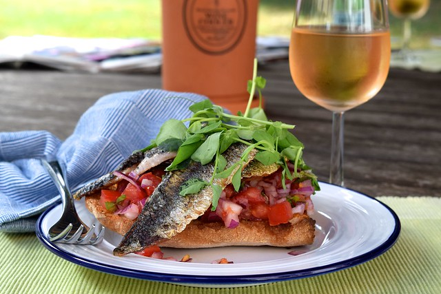 Sardine and Pea Shoot Bruschetta & Rose Wine | www.rachelphipps.com @rachelphipps