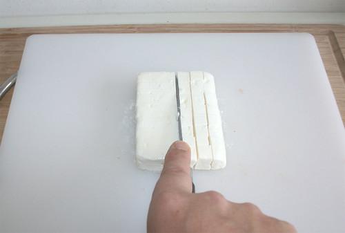 38 - Feta würfeln / Dice feta