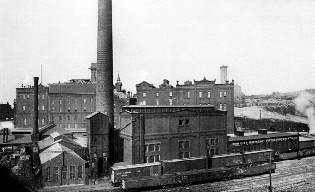 Iron_City_Brewery_-_Pittsburgh_-_circa_1919