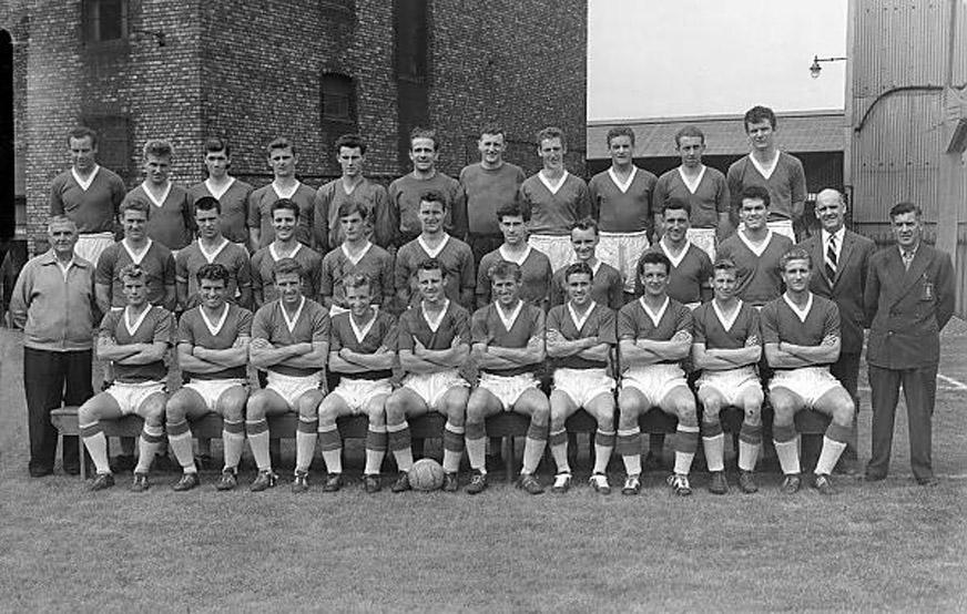 Everton Team Photo 1960