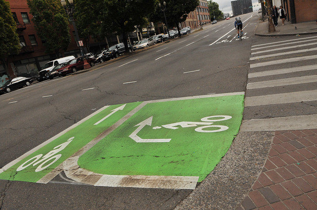 New bikeway on SW 2nd Avenue-28.jpg