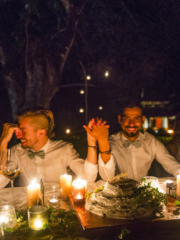 21 photos that will make you want to get gay married 9