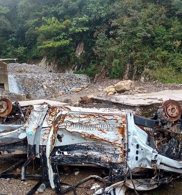 Acusan negligencia de alcalde de Chiconcuautla ante destrucción de caminos