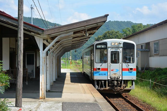 丹比駅に着いたWT3301