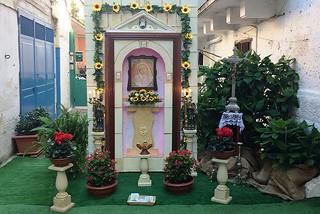 Noicattaro. Altare via Guarnieri front