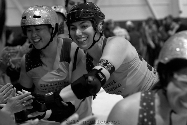 outlaws_vs_belles_L2011189 1
