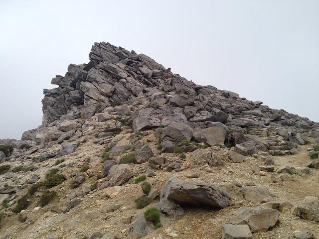 白山 御前峰 天柱石