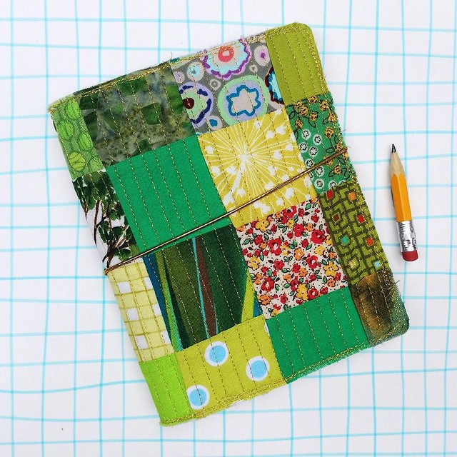I decided to put this cutie in my shop. It's a slightly wider version of the passport sized midori. It can hold the small moleskine cahiers (as pictured in the listing) or you can easily make your own quarter sized staple books. It has a sparkly gold quil