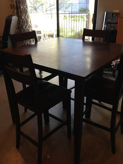 New pub table + 4 chairs