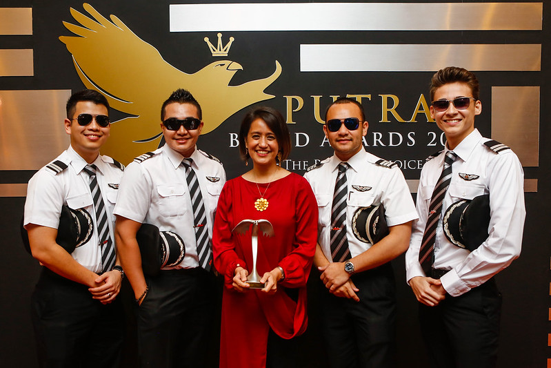 Airasia Strikes Gold At Putra Brand Awards