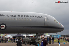 NZ7572 - 26634 545 - Royal New Zealand Air Force - Boeing 757-2K2 - Fairford - RIAT 2016 - Steven Gray - IMG_9195