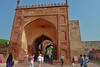 Agra - Fort gate with tourists