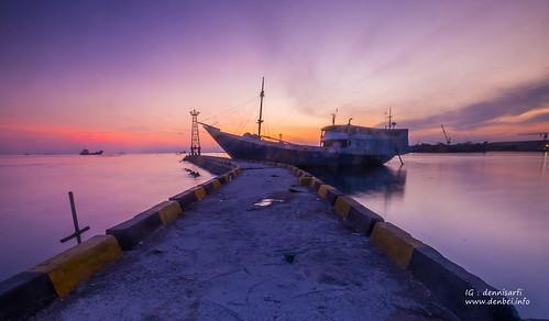 Sandar, Paotere Port