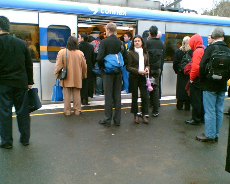 Glenhuntly Station, July 2006