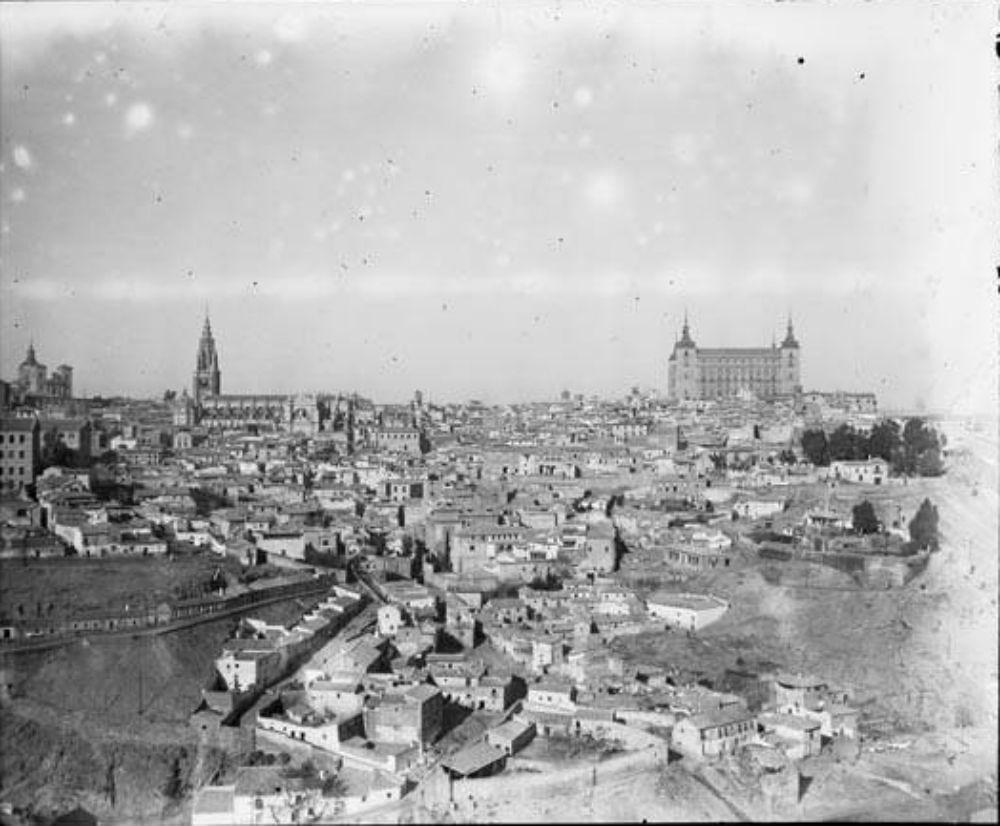 Toledo en 1929. Fotografía de Óscar Torras i Buxeda © Centre Excursionista de Catalunya