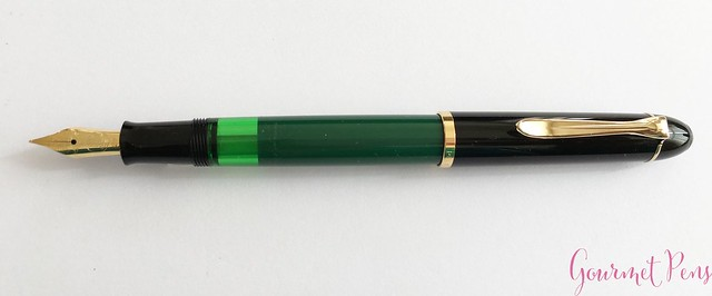 Review Pelikan M120 Green & Black Fountain Pen @couronneducomte 9