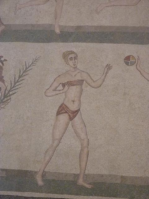Bikini Mädels in Villa Romana del Casale (3)