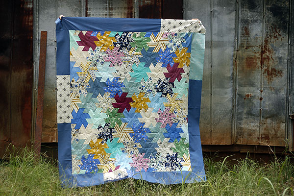 Twirly Top quilt top