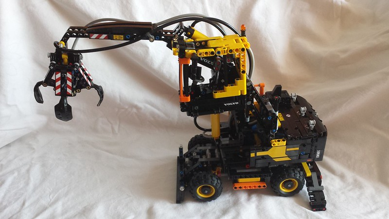 volvo bagger ew160e lego technic volvo ew e bagger neu in. Black Bedroom Furniture Sets. Home Design Ideas