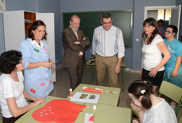 05-070515 VISITA ASOC EDUCACION ESPECIAL ALCALA GUADAIRA