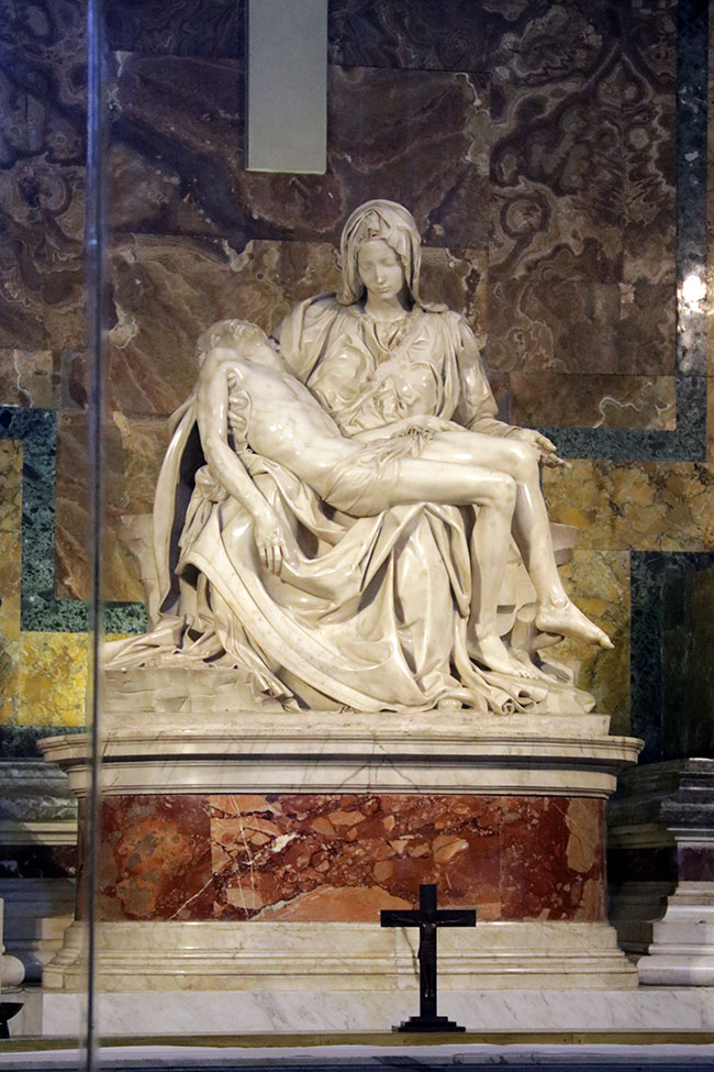 Pieta-by-Michaelangelo