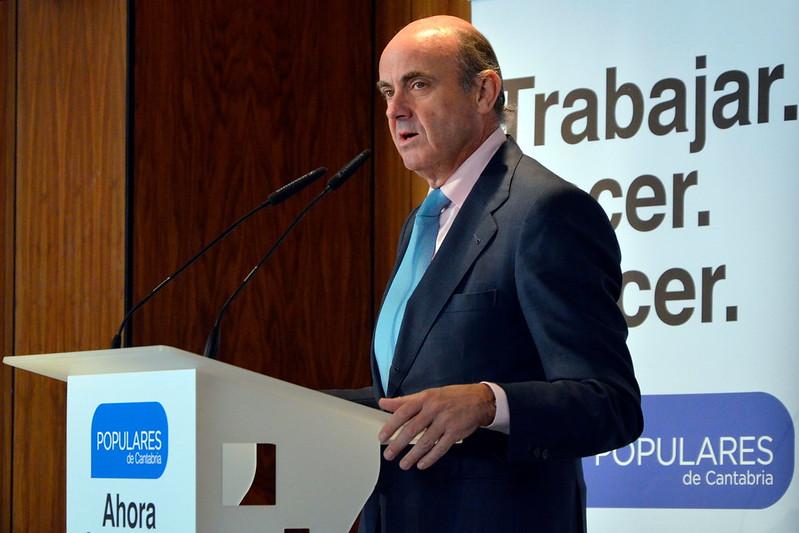 Acto con Luis de Guindos y el sector empresarial cántabro 21/05/2015