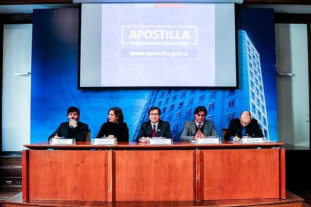 A un mes de su entrada en vigencia, Cancillería efectúa charla informativa sobre el convenio de la Apostilla