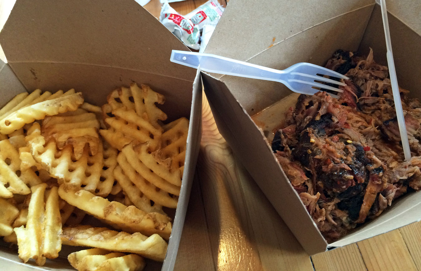 5 Best Places To Get Amazing Barbecue In Metro Detroit - Looking for the best BBQ in Greater Detroit? Click through for five mouth-watering favorites that will satisfy every barbecue-loving fan's tastebuds! [via Wading in Big Shoes]