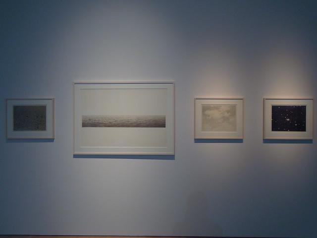ヴィヤ・セルミンス 展示風景