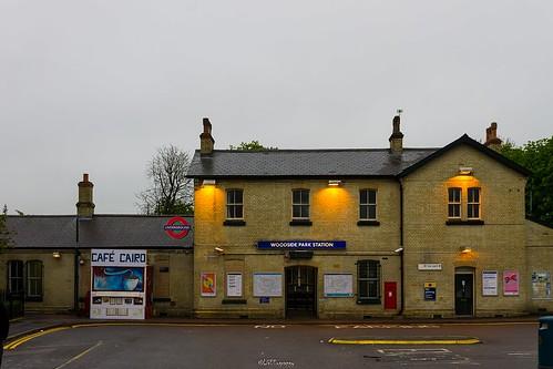 Woodside Park Station, N12