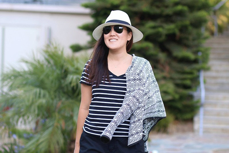 simplyxclassic, old navy, 3 ways to wear a t-shirt, tee, how to style a t-shirt, orange county, fashion blogger, mommy blogger, lifestyle, blog