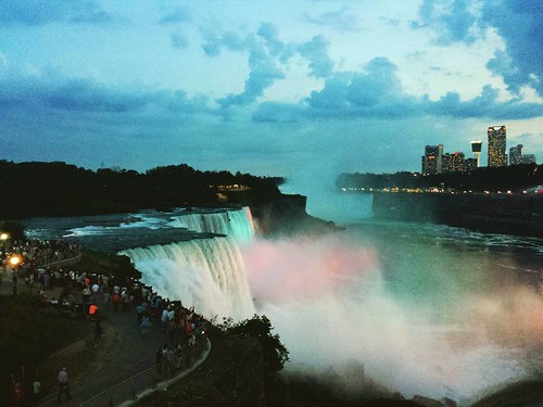 The Falls at dusk #niagarafalls #wny