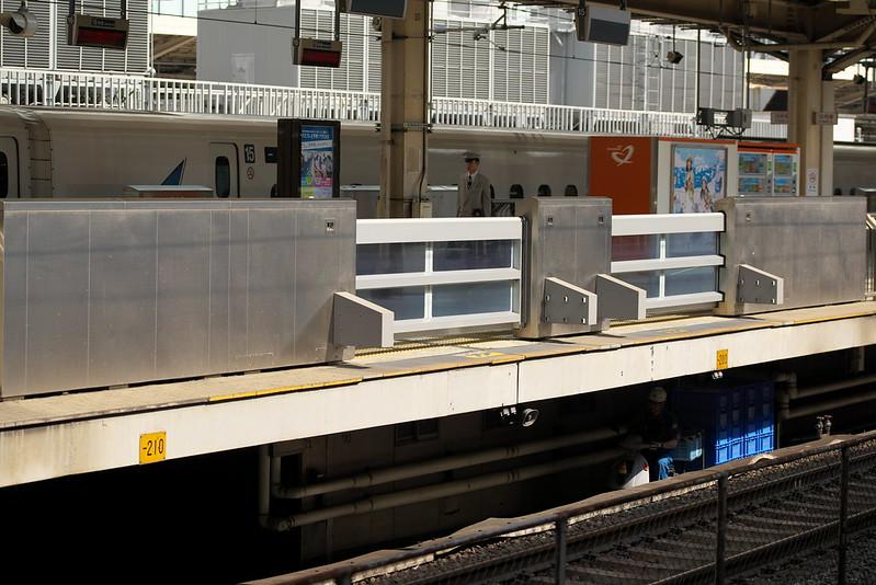 Tokyo Train Story 新幹線の東京駅 2016年8月9日