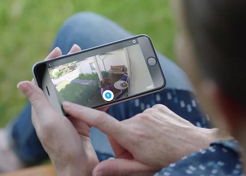 Управление со смартфона камерой видеонаблюдения Nest