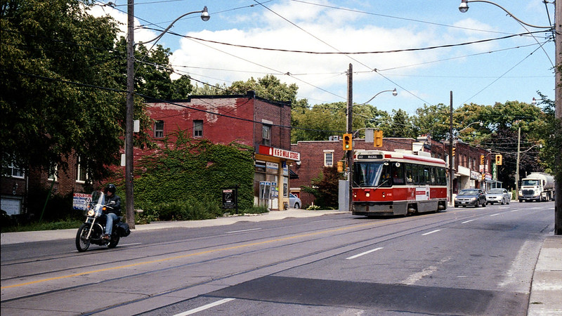 The 502 on Kingston Rd._