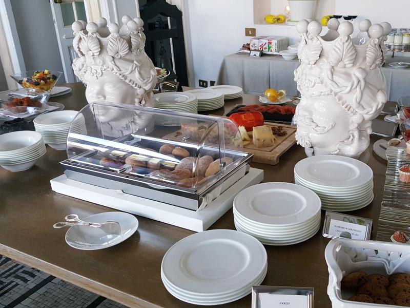 Punta Tragara Hotel breakfast