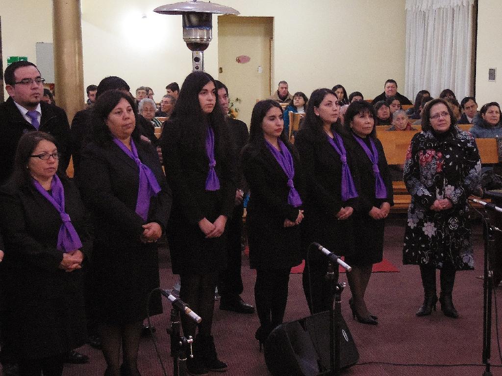 Los pastores Daniel Faúndez y Angelica Burgos cumplen su primer año gobernando la iglesia de Hualpén