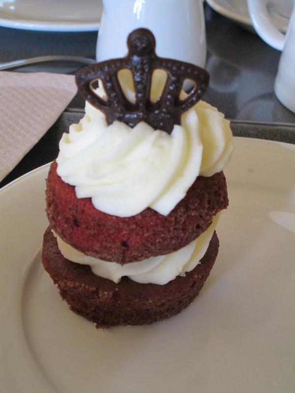 Holyroodhouse Palace Cupcake