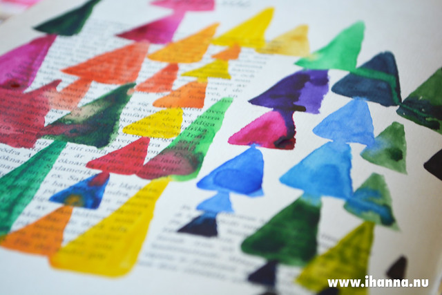 Tiny Watercolor Pyramids painted by iHanna
